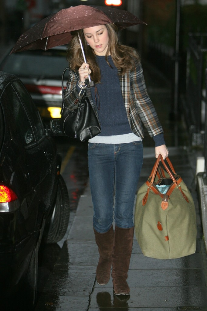 Kate Middleton Jeans Big Weekend Bag Umbrella