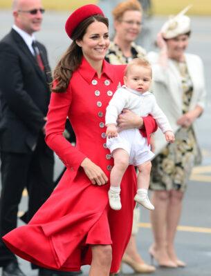 Kate Middleton Catherine Walker Coat Gina Foster Pillbox Hat New Zealand Arrival 2014