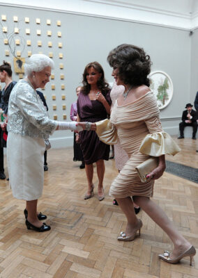 Joan Collins Curtsies to the Queen: Royal Academy Of Arts Reception 2012