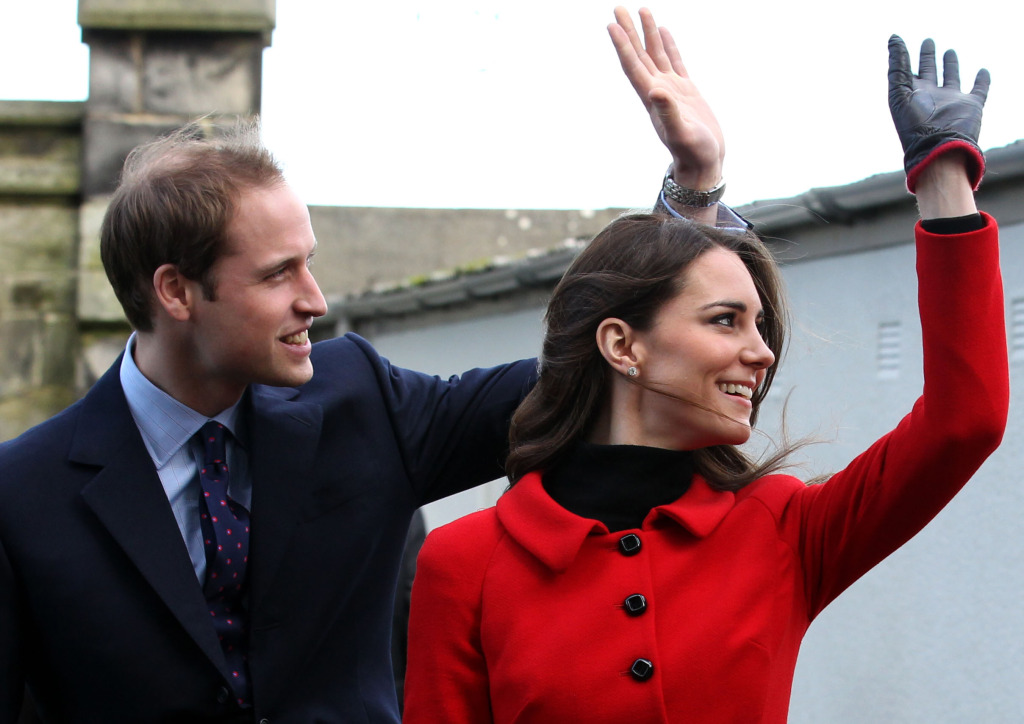 Kate Middleton Luisa Spagnoli Suit Prince William St. Andrews University 2011