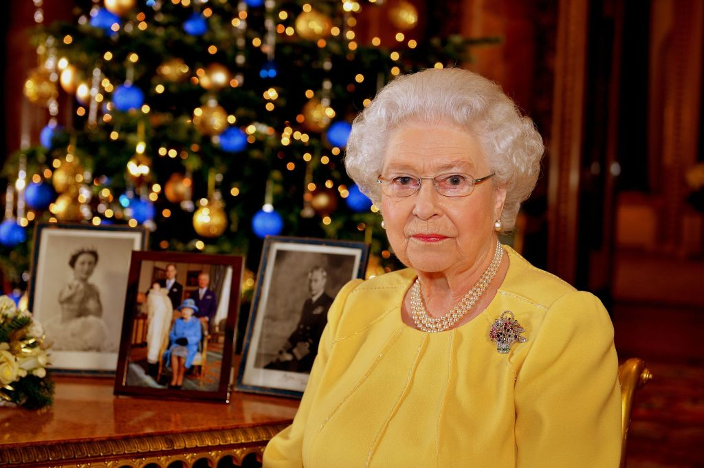 Queen Elizabeth Angela Kelly Primrose Yellow Dress Christmas Broadcast 2013