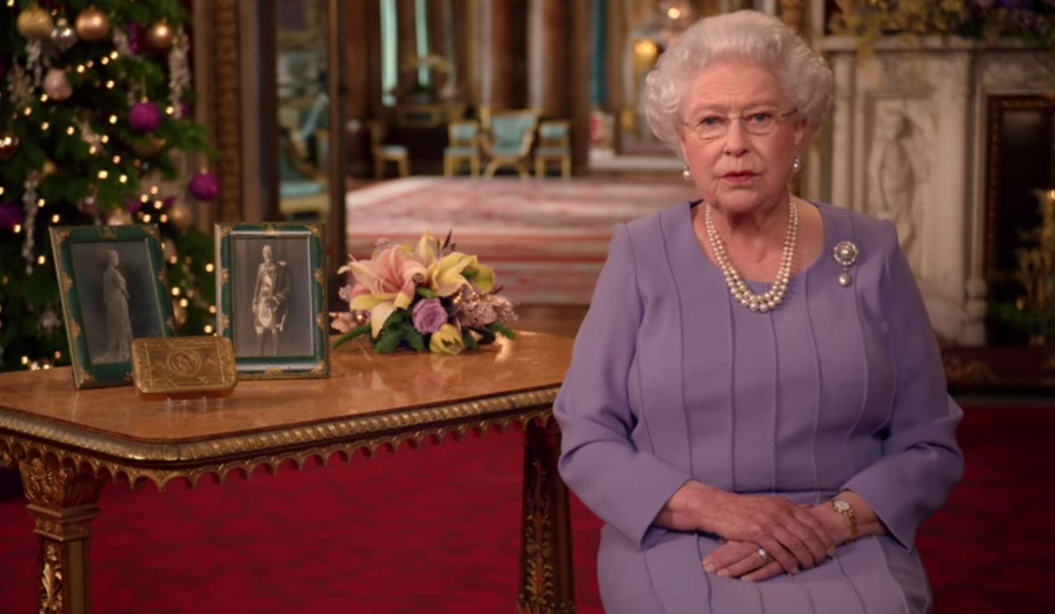 Queen Elizabeth Purple Dress Christmas Broadcast
