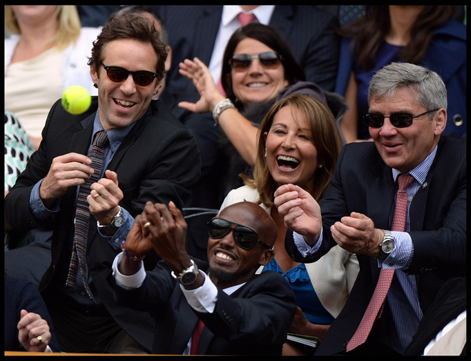 Carole Middleton Laughs Michael Middleton Royal Box Mo Farah Catches Tennis Ball Wimbledon 2013