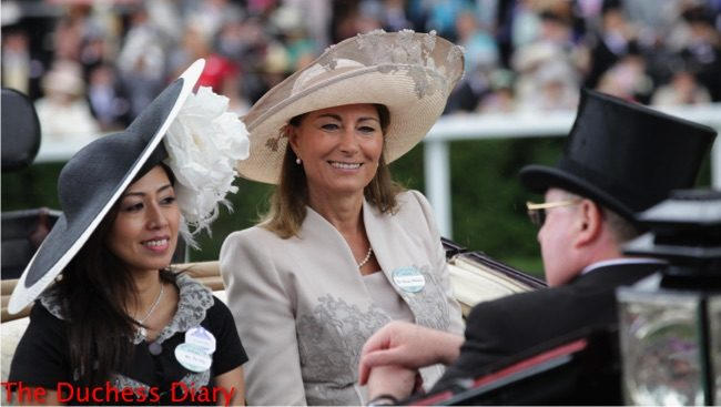 carole middleton cream outfit royal ascot day 3 2011