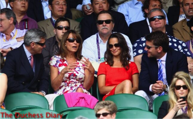 carole middleton explains with hands alex loudon wimbledon 2011