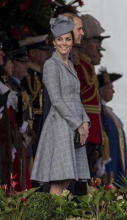 Kate Middleton Alexander Mcqueen Glen Plaid Coat Singapore State Visit