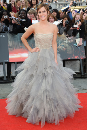 Emma Watson Oscar De La Renta Gown World Premiere Harry Potter Deathly Hallows Part Two