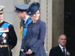 Kate Beulah London Coat Pregnant St. Paul's