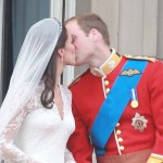 kate Middleton white wedding dress prince william kiss wedding day buckingham palace