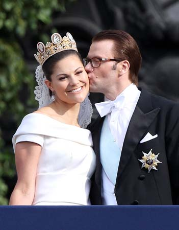 Crown Princess Victoria Cameo Tiara Daniel Westling Wedding