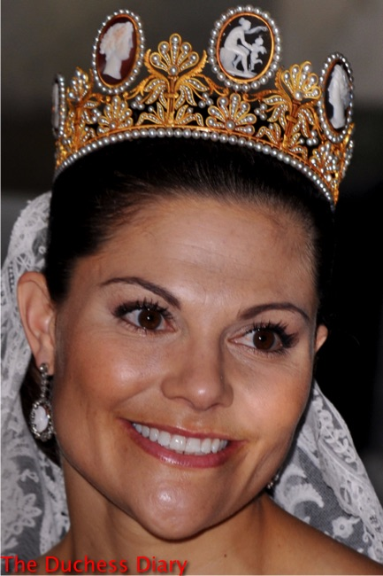 crown princess victoria sweden wedding cameo tiara