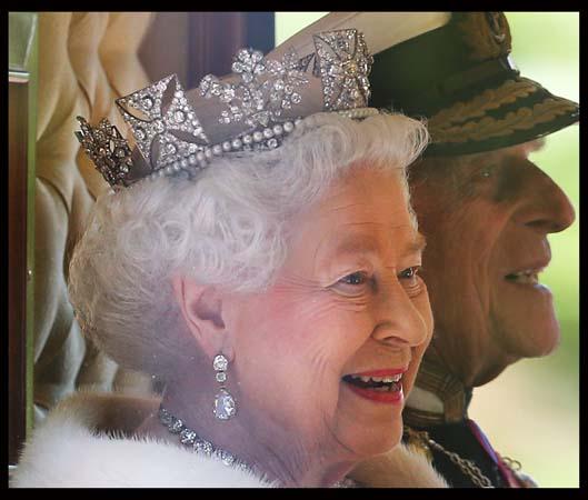 Queen Elizabeth Smiling George IV State Diadem