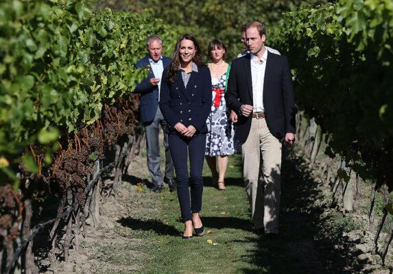 Kate Middleton Skinny Jeans Blazer Prince William New Zealand Winery