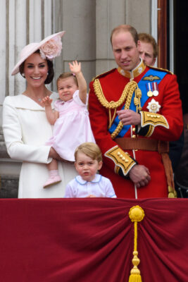 cambridge family balcony buckingham palace trooping colour 2016