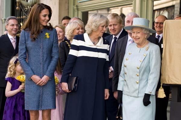 queen elizabeth camilla kate visit Fortnum Mason