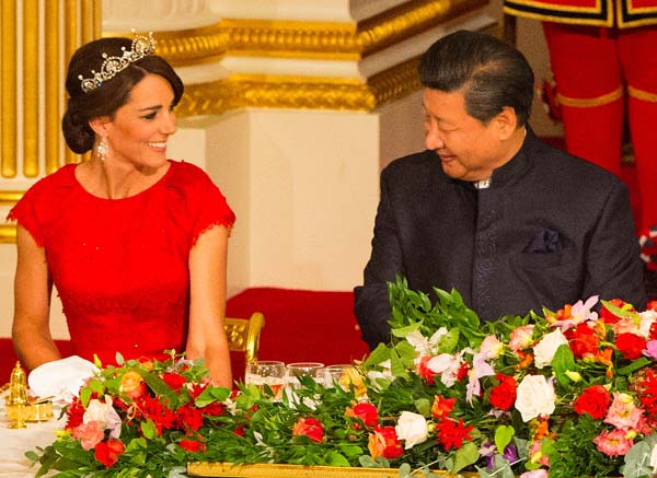 kate middleton smiles president china state dinenr