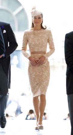 Kate Middleton Alexander McQueen lace dress diamond jubilee service thanksgiving