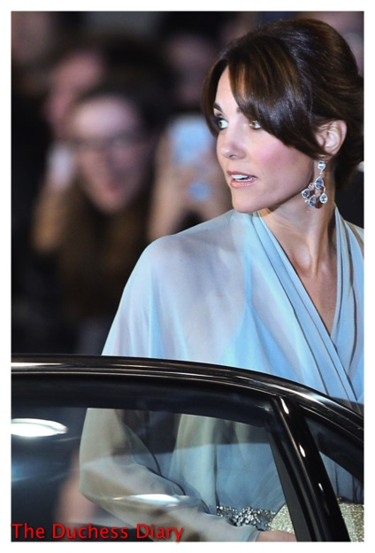 kate middleton close up robinson pelham earrings spectre premiere