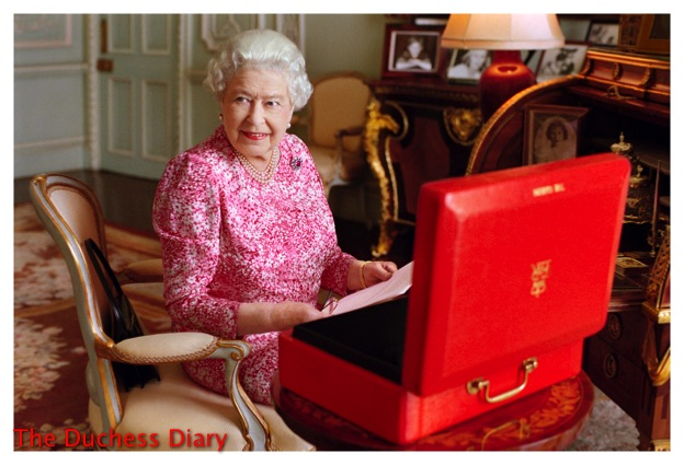Queen Elizabeth Goes Through Red Box Buckingham Palace
