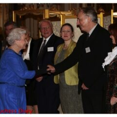 queen elizabeth meets alan rickman reception dramatic arts buckingham palace