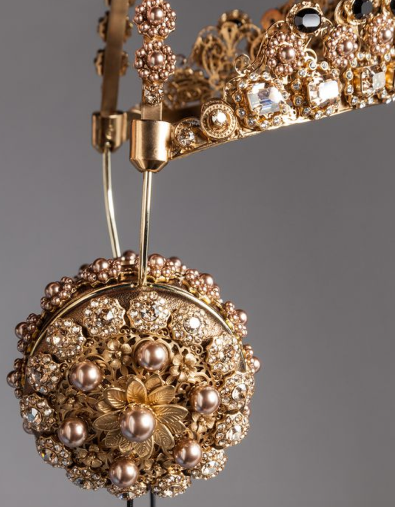 Dolce gabbana rhinestone ear phones crown