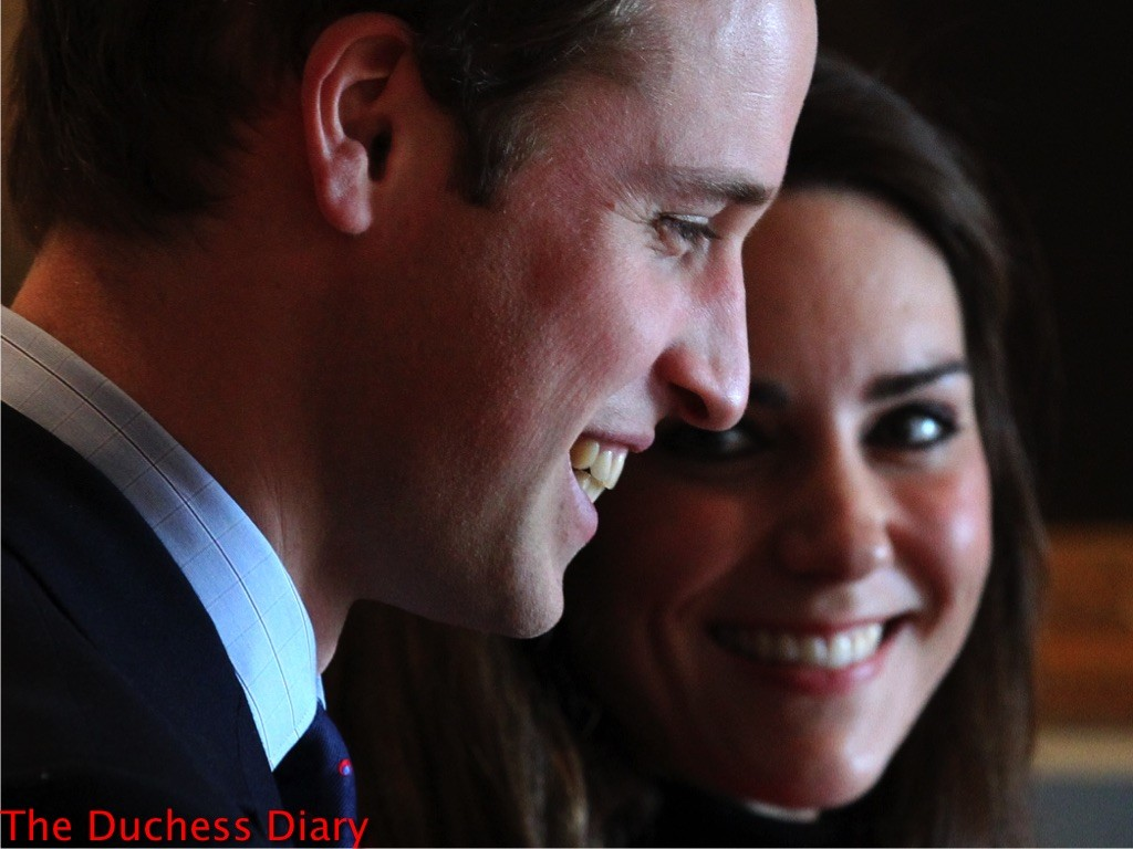kate middleton smiles prince william st andrews university 2011