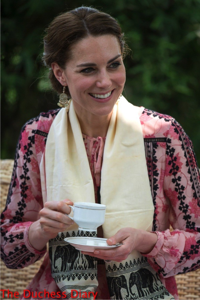 kate middleton top shop dress sips tea guwahati
