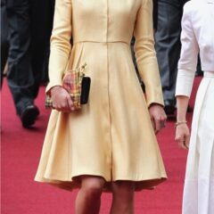 kate middleton walks st giles church order thistle ceremony scotland 2012