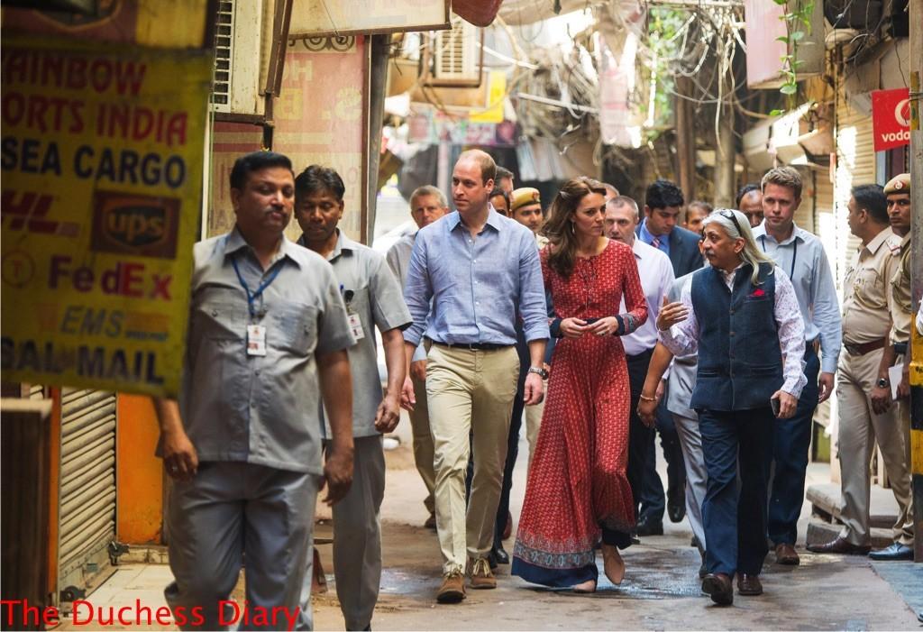 kate middleton glamorous UK dress delhi