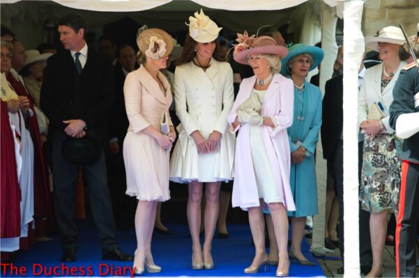 kate middleton white alexander mcqueen coat countess of wessex duchess of cornwall order of garter 2012