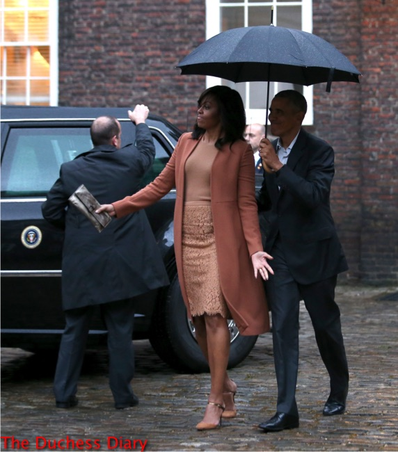 michelle obama tan outfit president obama kensington palace