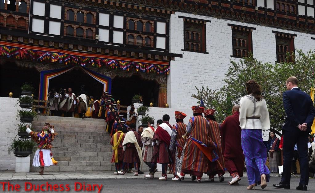 kate middleton paul joe cape purple skirt prince william bhutan day one