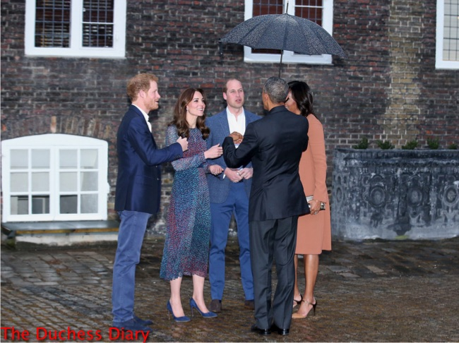 prince harry prince william kate middleton obamas chat outside kensington palace