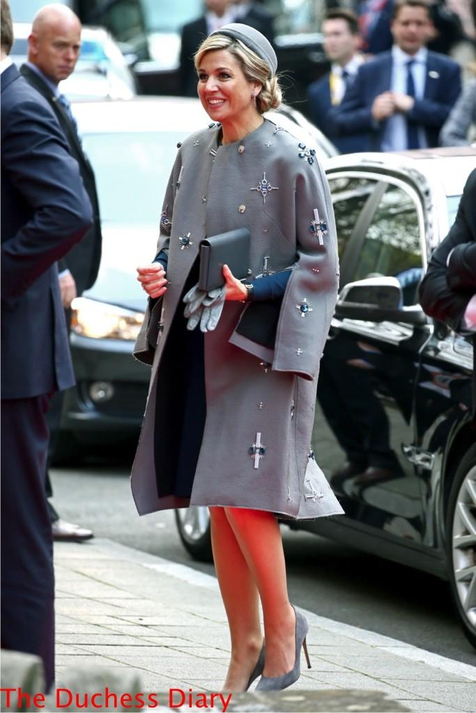queen maxima embellished grey coat Tucherschloss