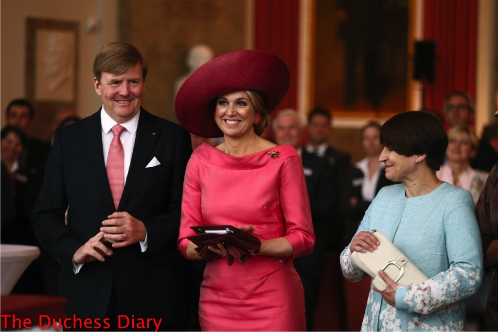 king willem alexander suit queen maxima pink dress munich