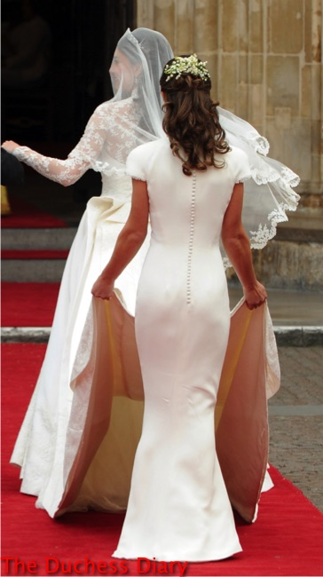 pippa middleton backside kate middleton train royal wedding