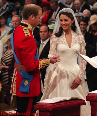 prince william kate middleton exchange vows westminster abbey altar