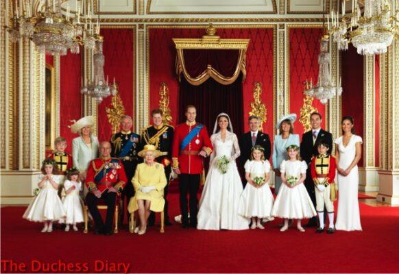 prince william kate middleton family photo buckingham palace