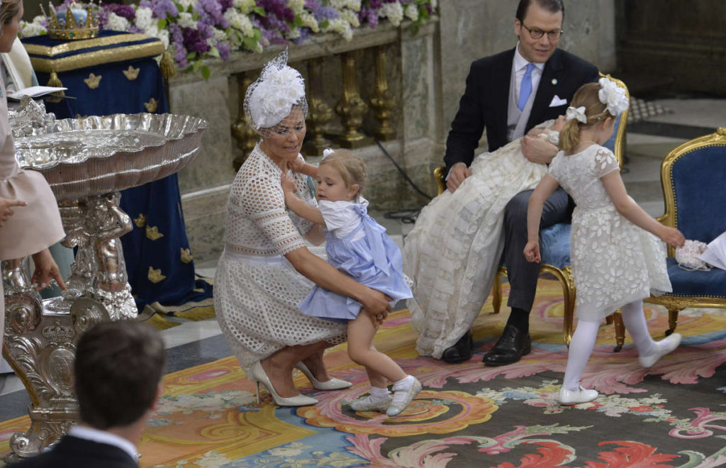 crown princess victoria picks up princess leonore christening prince oscar sweden