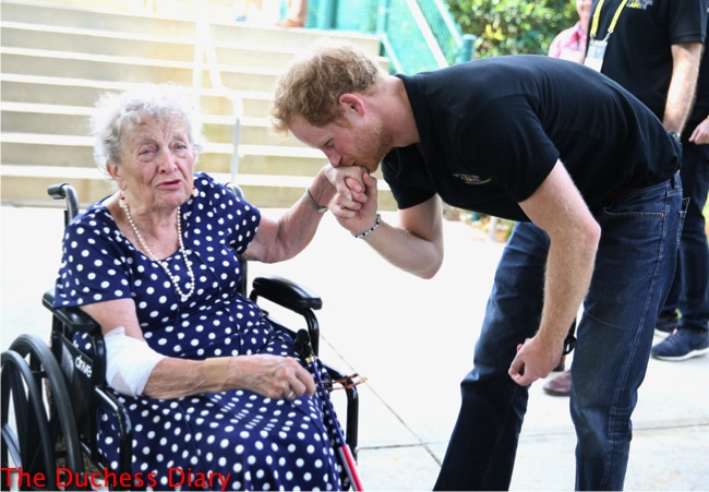 prince harry kisses hand old woman wheelchair invictus games 2016