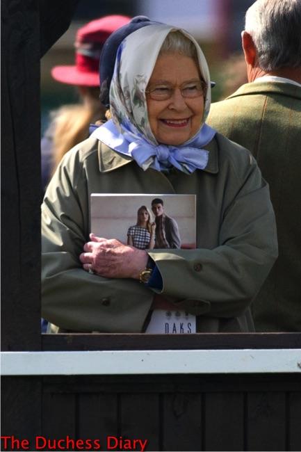 queen elizabeth smiles royal windsor horse show