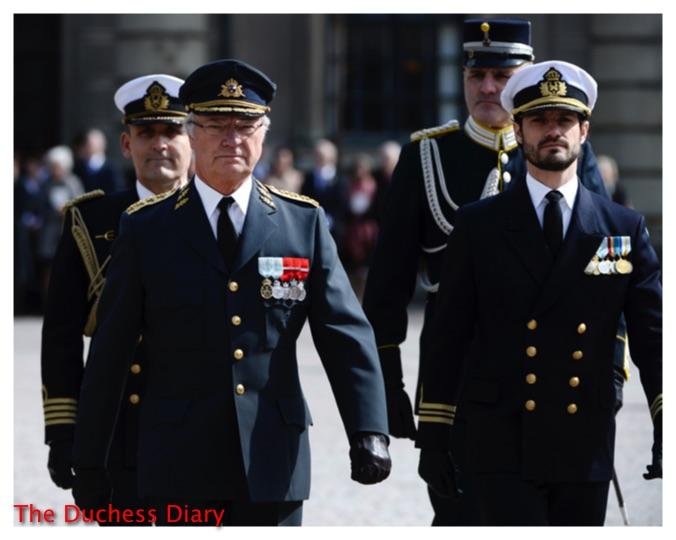 King Carl XVI Gustaf prince carl philip outer courtyard sweden