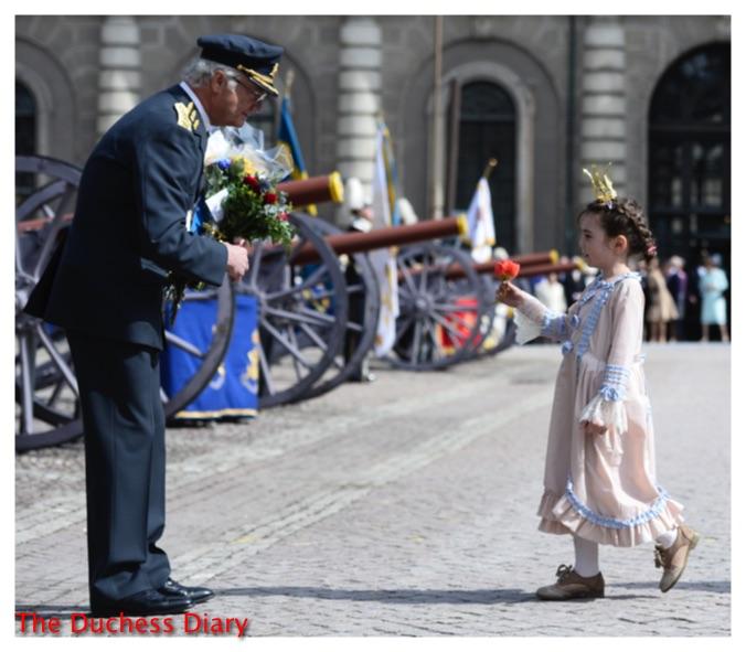 king carl xvi gustaf congratulated girl sweden