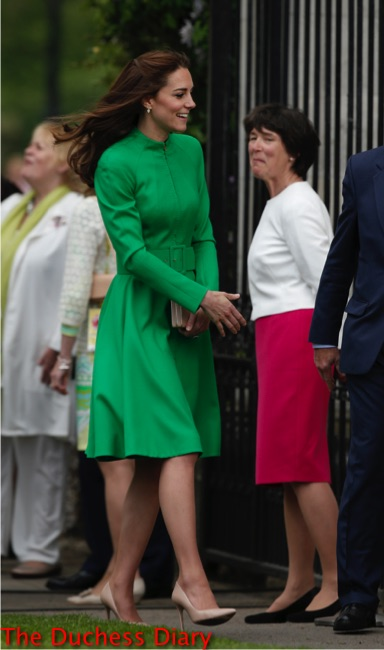 kate middleton green catherine walker coat chelsea flower show 2016