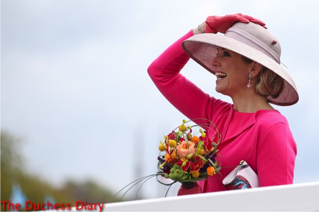 queen maxima bright pink dress light pink hat king's day 2016