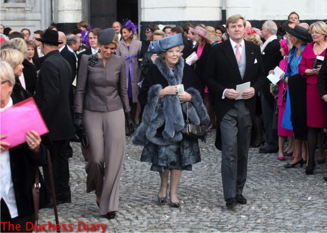 princess maxima grey outfit queen beatrix prince willem-alexander marriage prince carlos de bourbon
