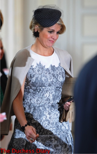queen maxima veiled navy blue hat stuttgart