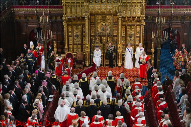 queen elizabeth prepares read queen's speech state opening parliament
