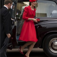 catherine duchess cambridge gets out of car order garter service