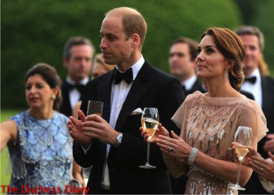 duke of cambridge duchess cambridge clap speech gala dinner each